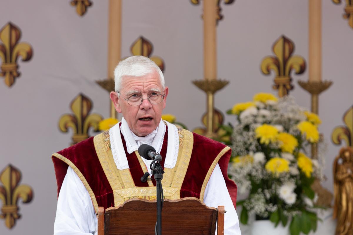 Communiqué aux pèlerins, fidèles et amis